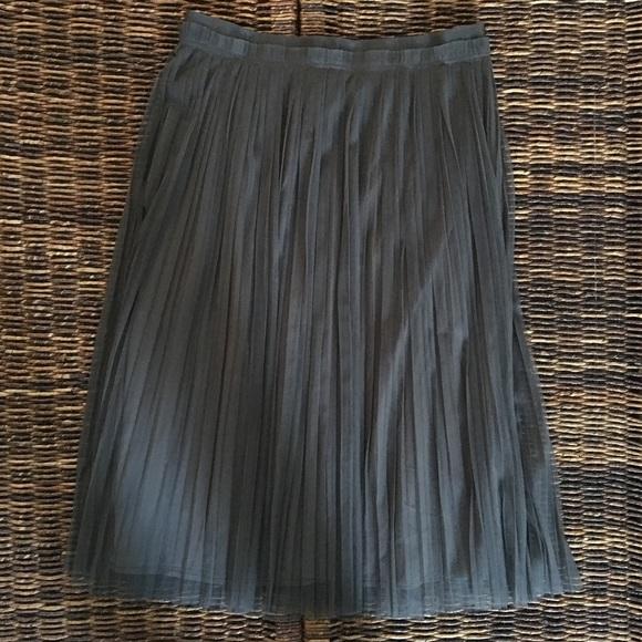 14322578c Banana Republic Dresses & Skirts - Banana Republic - Pleated Tulle Midi  Skirt